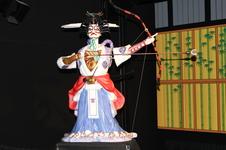有田館では、世界で唯一の磁器製カラクリ人形の上演や企画展も行っています。<br />詳しくは<a target='_blank' href='http://www.arita.jp/spot/post_45.html'>こちら</a>。