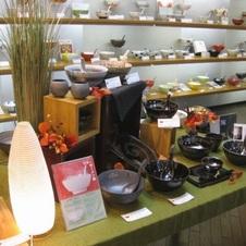 店舗では、究極のラーメン鉢のすべての種類をご覧いただけます。
