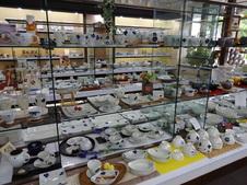 金善窯の商品も数多く取り揃えています。