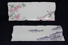 桜 9寸長皿 ¥9,800<br />鰯 9寸長皿 ¥9,800