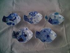 現在の鯛型 小皿<br />(各¥1500 税別)<br />     他のサイズもあり