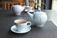 フランスはパリの創業1862年の老舗パティスリーメゾン・ラデュレ。そのティーブランドテ・ラデュレがアリタポーセリンラボのためだけにブレンドした紅茶です。
