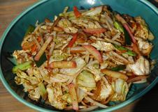 やきそば<br>自家製で甘めのオリジナルソース使用。野菜たっぷりです。<br>
