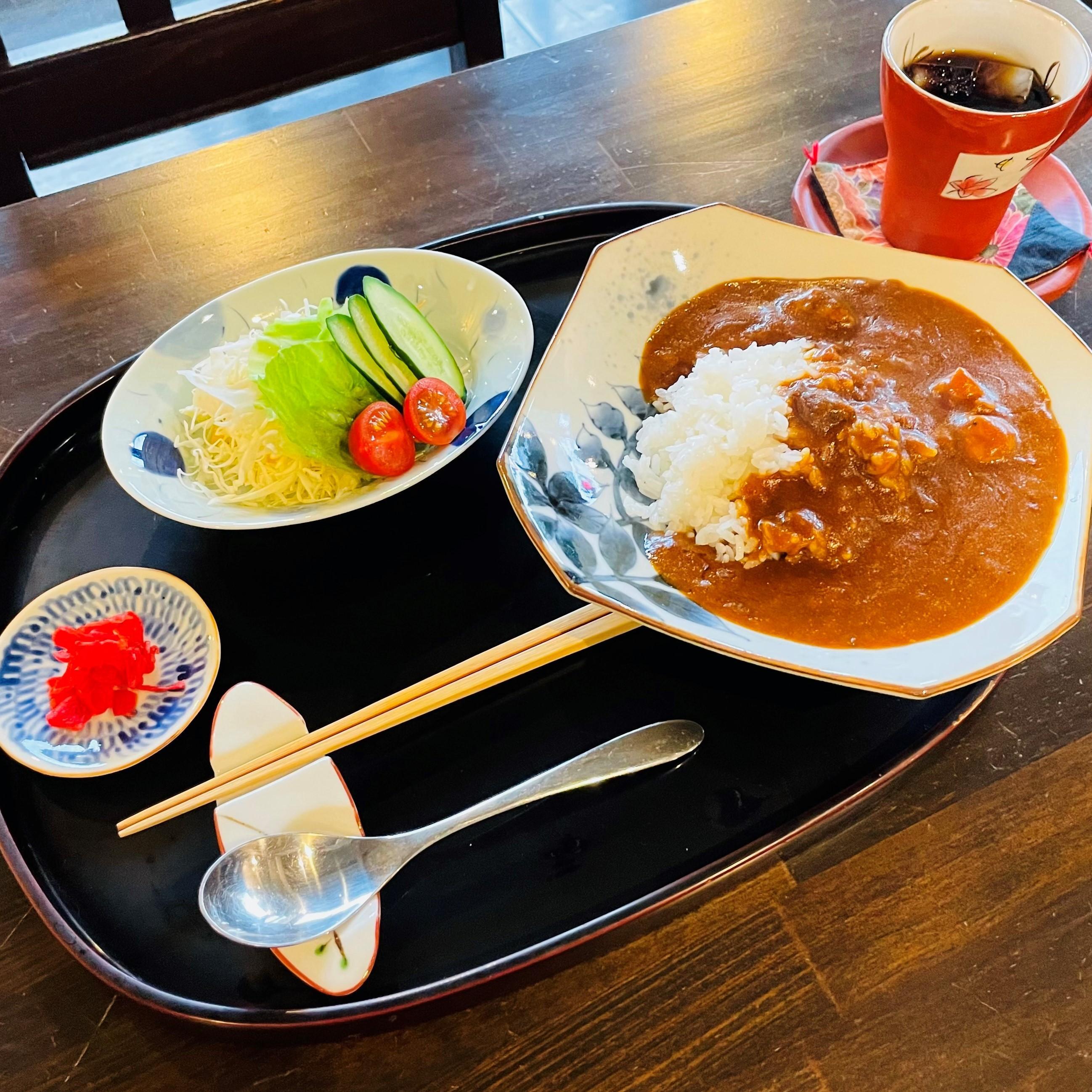 ビーフカレー 1,000円<br />コーヒーor 紅茶付き