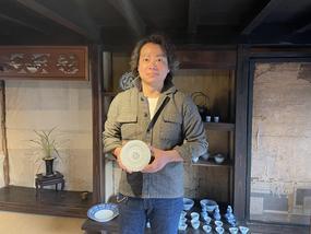 「ARITAJIN-有田人-」に【窯元探訪:46】百福ギャラリー」の記事をUPしました!