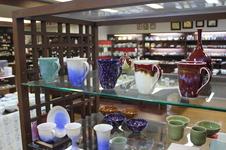 肥前の陶芸作家作品も多数取り揃えています。