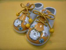 子供くつ(ねこ)<br />片方のサイズ13.0cm×7.0cm×8.5cm<br />※実際に靴としてご使用はできません。インテリアとしてお楽しみください。
