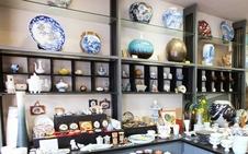 飾皿、飾壺、香炉、花瓶などなど。