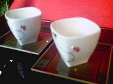 飴釉碗皿<br />碗は小鉢として、皿は取皿として使えます。