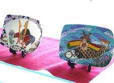 当社の飾り皿は、季節に応じて手軽に飾ることができます。