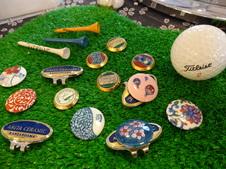 有田焼のゴルフマーカー(マグネット付き)は、ゴルフ好きの方へのプレゼントにもおすすめです。<br/>豊富な絵柄の中からお気に入りを見つけて下さい。