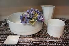 スタイリッシュな筒型が印象的な多用鉢や小鉢は、そうめんやサラダ、デザートなど様々なメニューに使いやすく、食卓で大活躍すること間違いなしです。