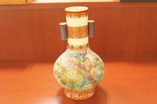 明治香蘭社製 花鳥絵花瓶(h 32㎝)<br />イギリスから里帰りした万博出品作です。