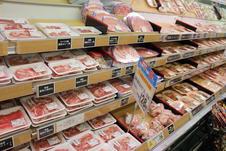 みんな大好きお肉も〔牛・豚・鳥〕お買い得価格です!