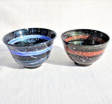 光彩釉 銀河 茶わん <br />光彩釉で仕上げた銀河シリーズの茶わんです。光の加減でいろんな表情を見ることができます。