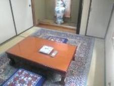 床の間のある、和風のお部屋でごゆっくりおくつろぎいただけます。