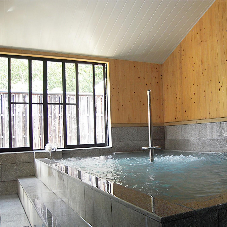 大浴場<br />大浴場・露天水風呂にサウナがついています。<br />※貸切風呂は7室あります。